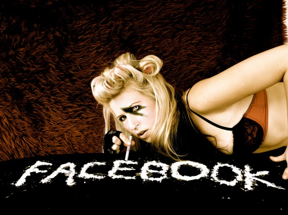 Addicted-to-Facebook-590x442