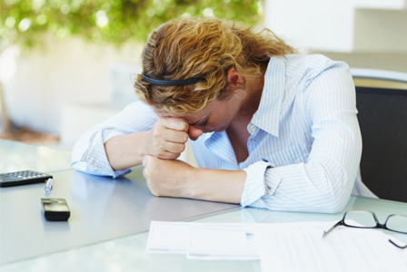 stressed-woman-at-work-horiz